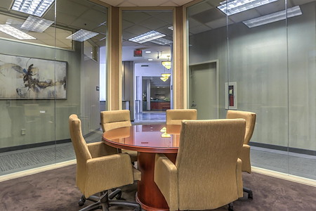 ViewPointe Executive Suites - Five Person Conference Room
