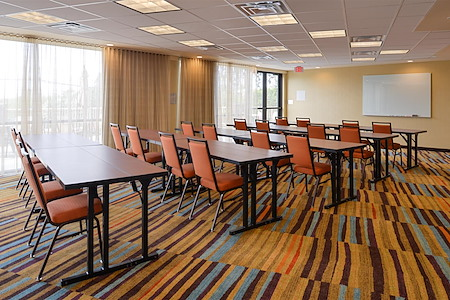 Fairfield Inn & Suites Santa Cruz - Meeting Room