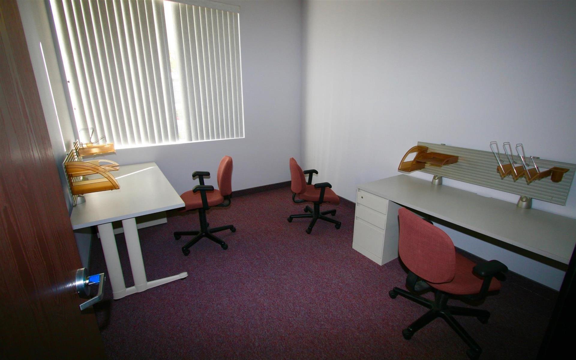 InnoGrove - Private office