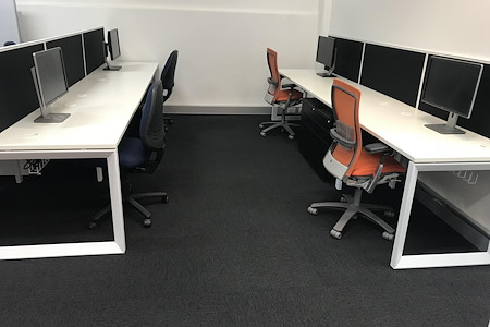 Incubate IT - Large Desk (1800mm) South Space