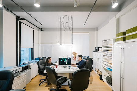 DMDesign,llc - Open Desk 1