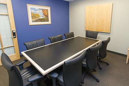 Intelligent Office - Boston - Medium Conf Room 1