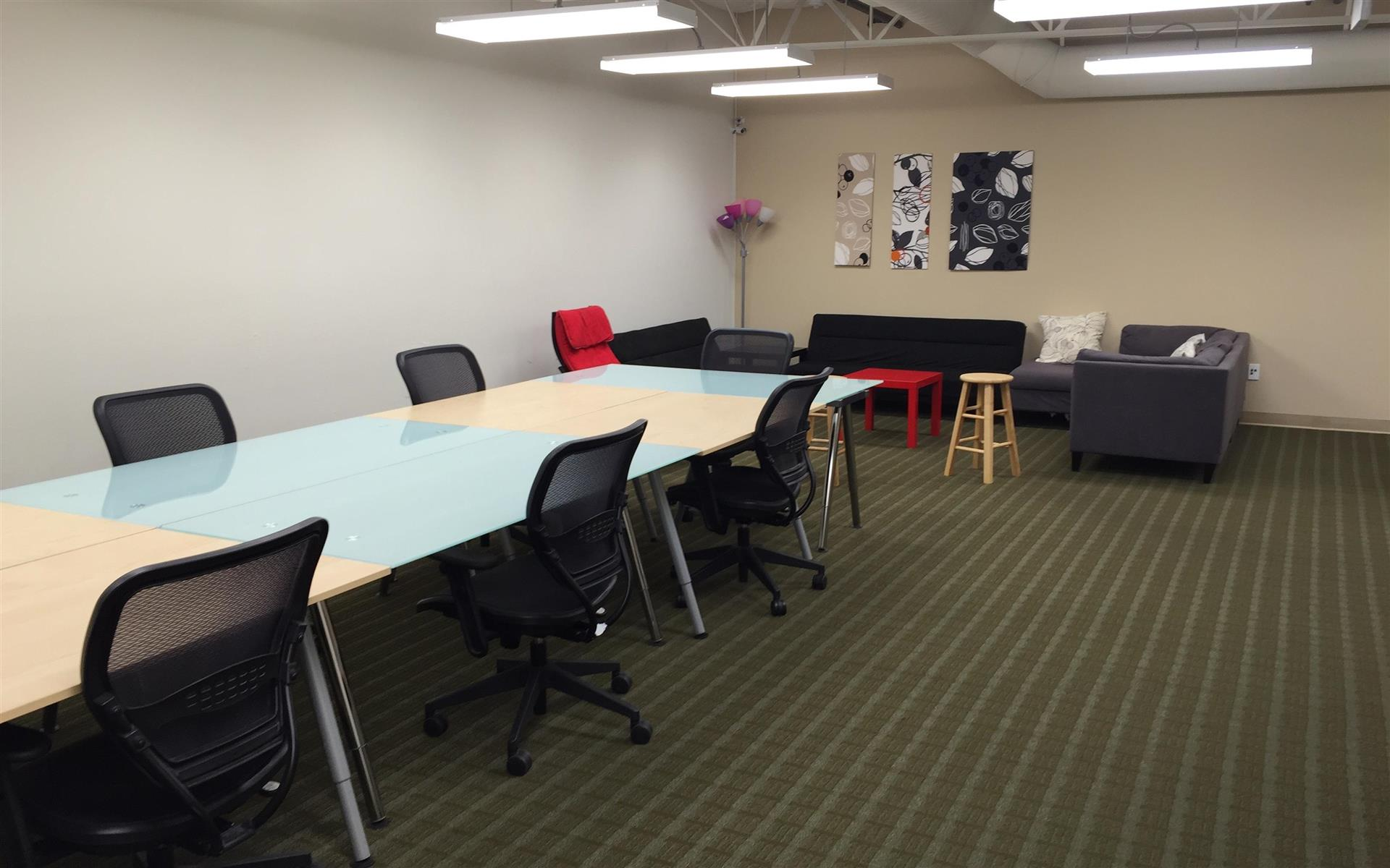 Critosphere - A Coworking Solution in Fremont - Full-Time Desk
