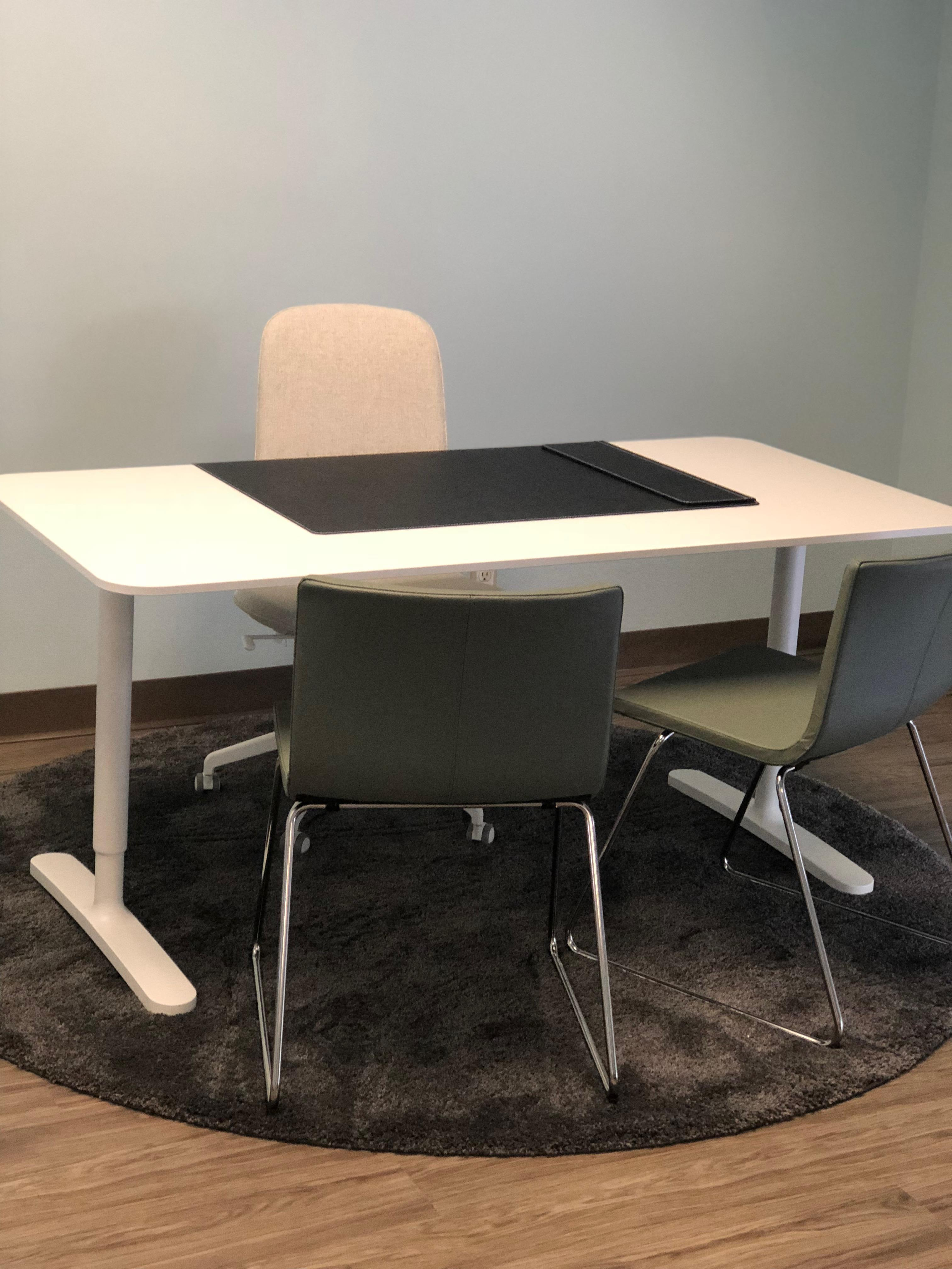 Work and Play Lounge - Private Office 9