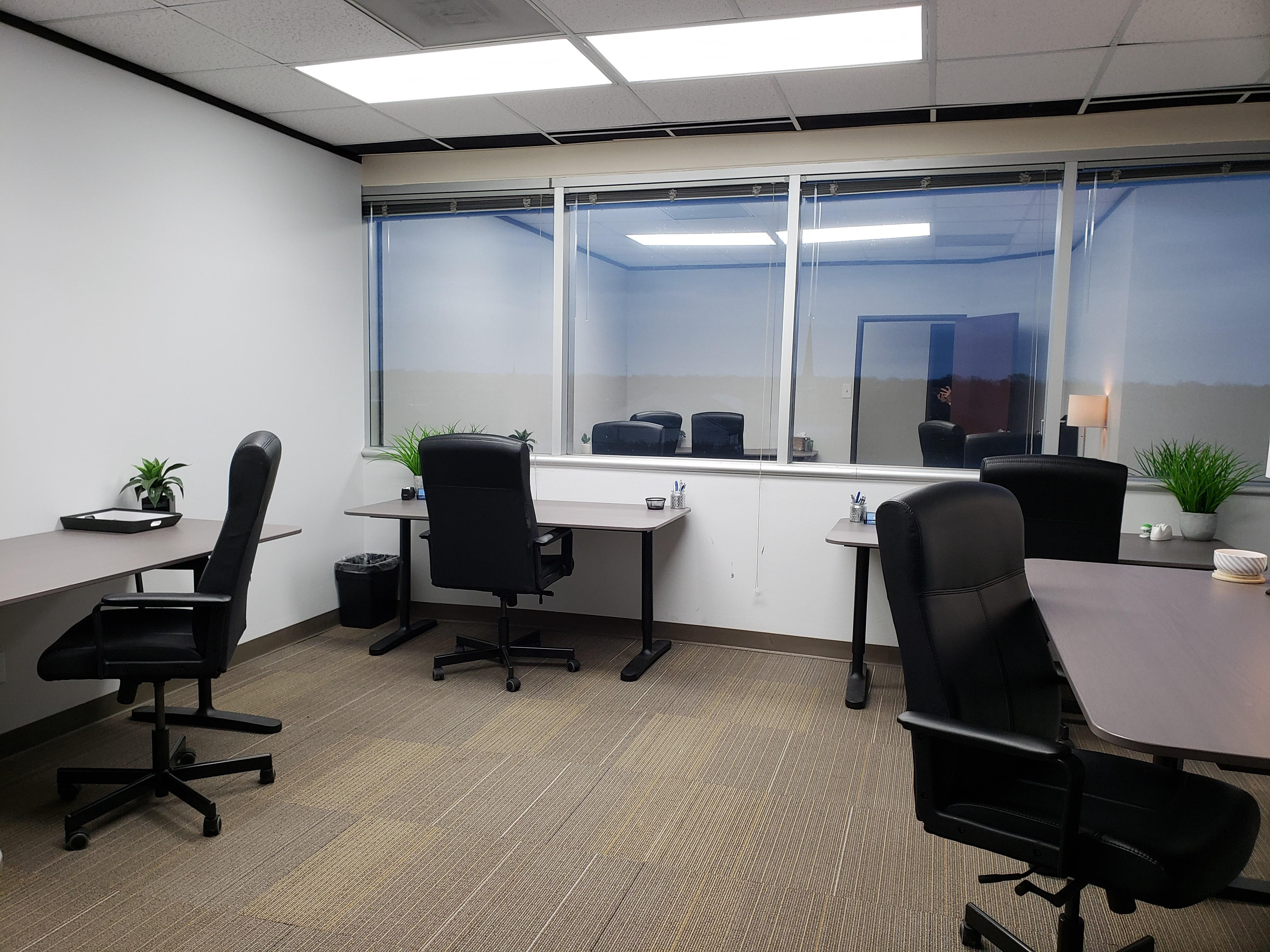 Northcross Chase Bank - Office space for 5