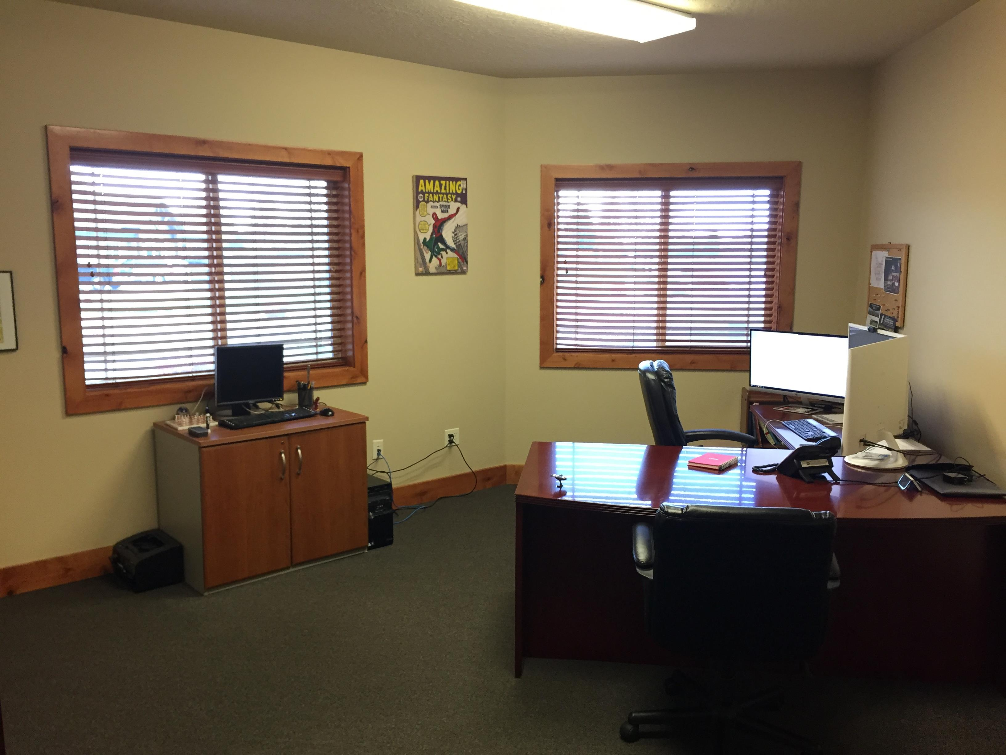 Riafox - Large Private Office in Front w/ Window