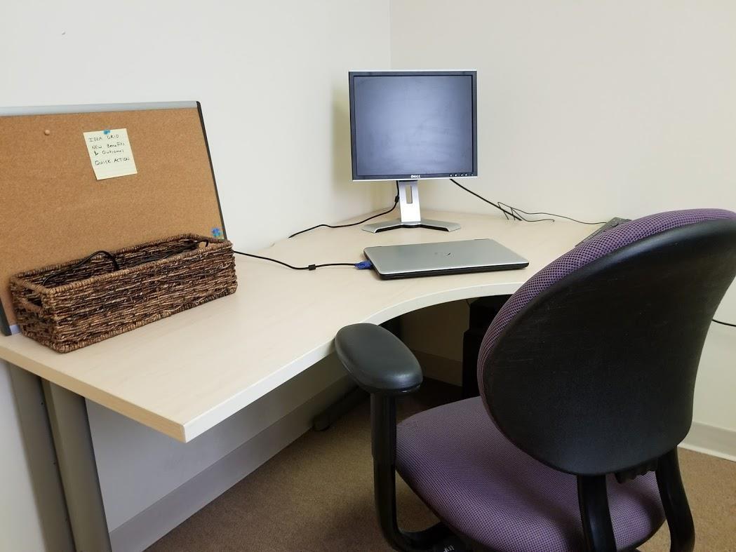MTC Labs - Desk #4 (Ba 02 Dy)