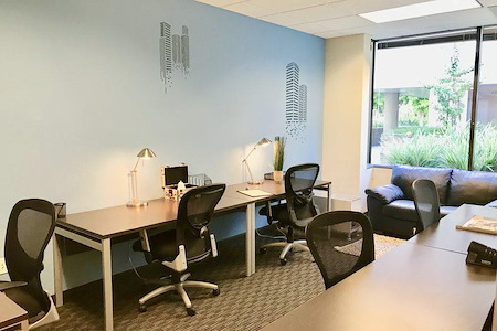 Regus- 2500 Broadway - 6 Person Office