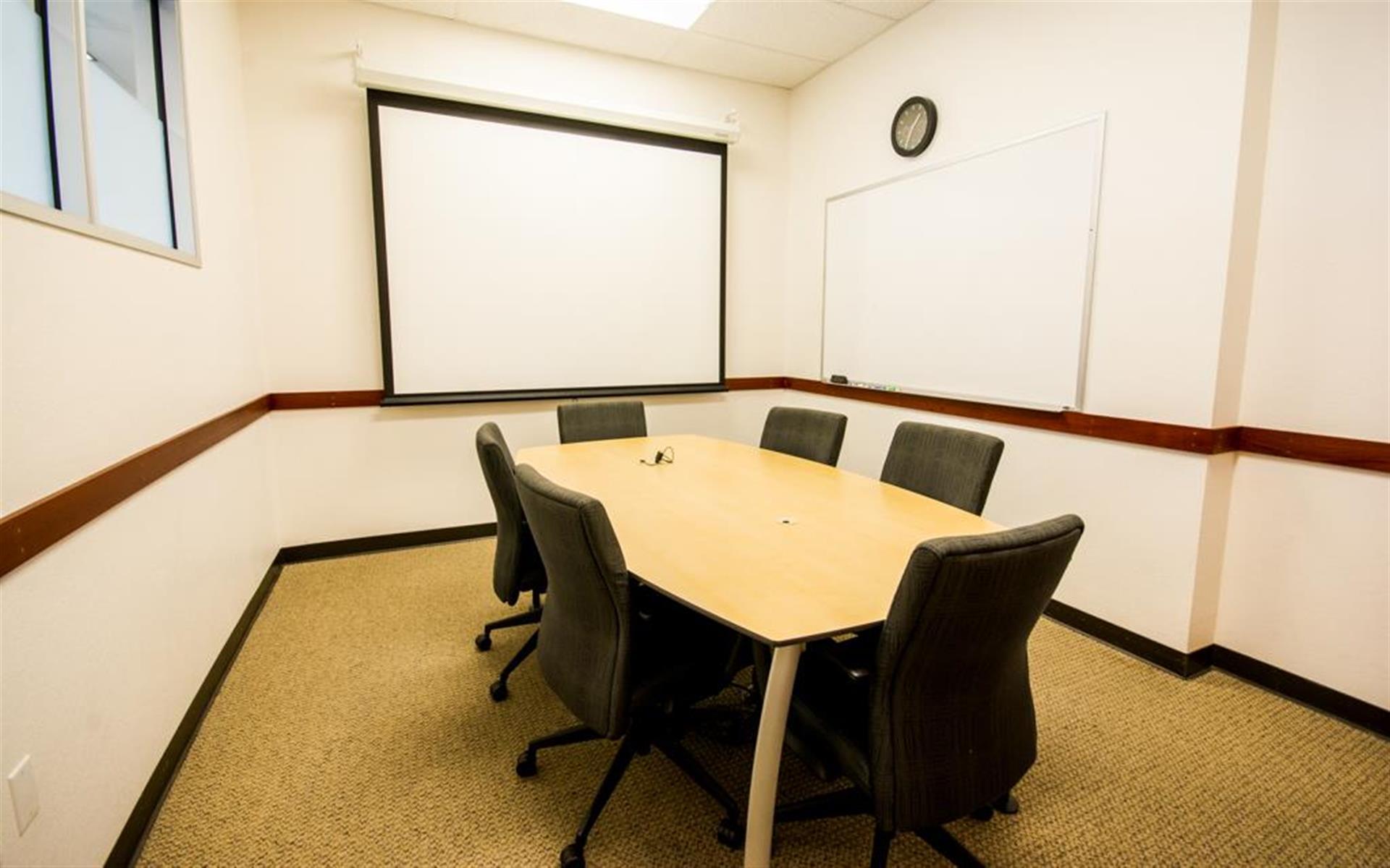 Innoworld - Meeting Room - Castle Rock