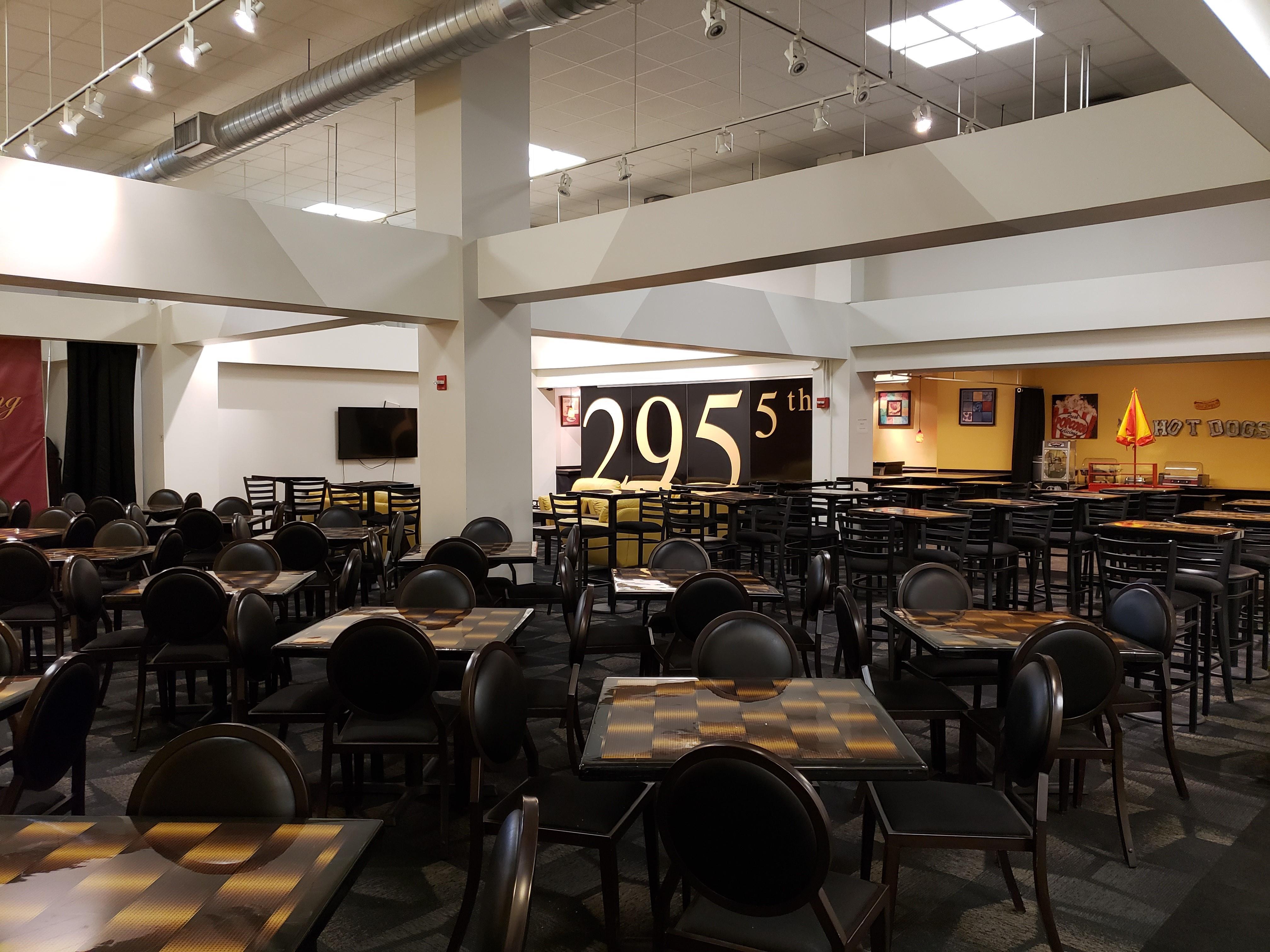 The Textile Building - Lounge