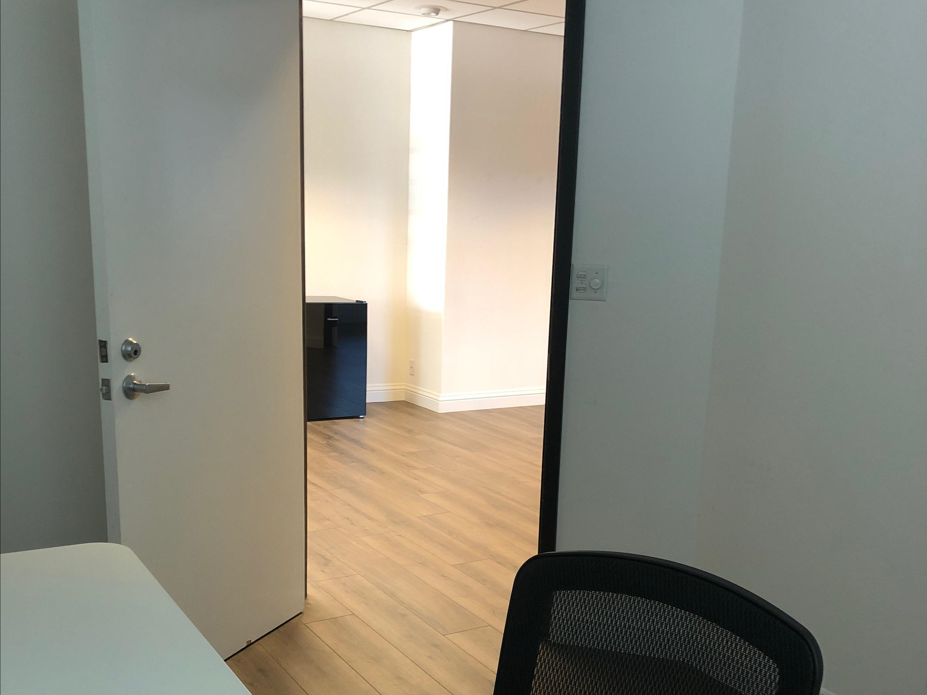 Hauser Construction - Office 2
