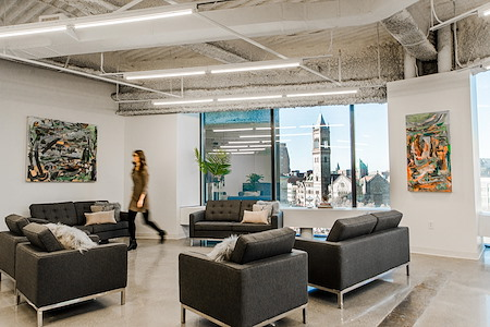 The Yard: Back Bay - Office for Team of 20