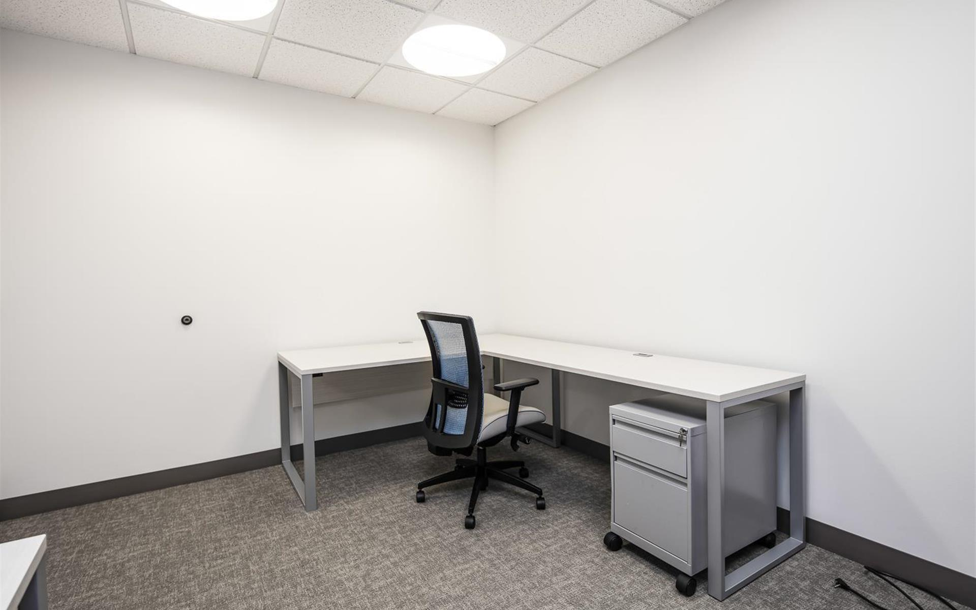 WashREIT | 515 King Street - Private Office | Suite 320-Office 3