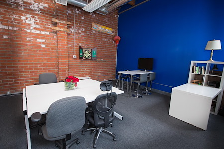 ReKon Productions - Flexible Bull Pen & Private Office