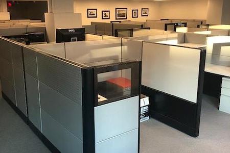 MB Hampden Square - Bethesda - Open Desk 1