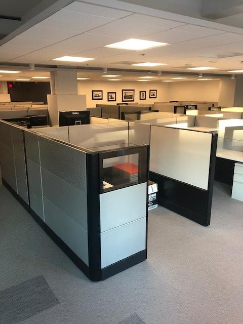 MB Hampden Square - Bethesda - Open Desk 1
