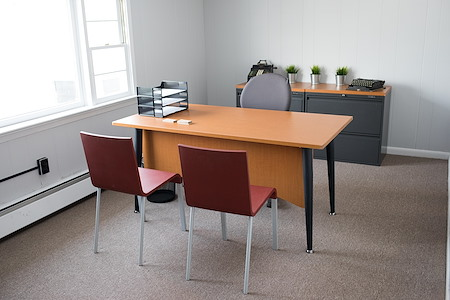 Colony Workplaces - Dedicated Desk 1