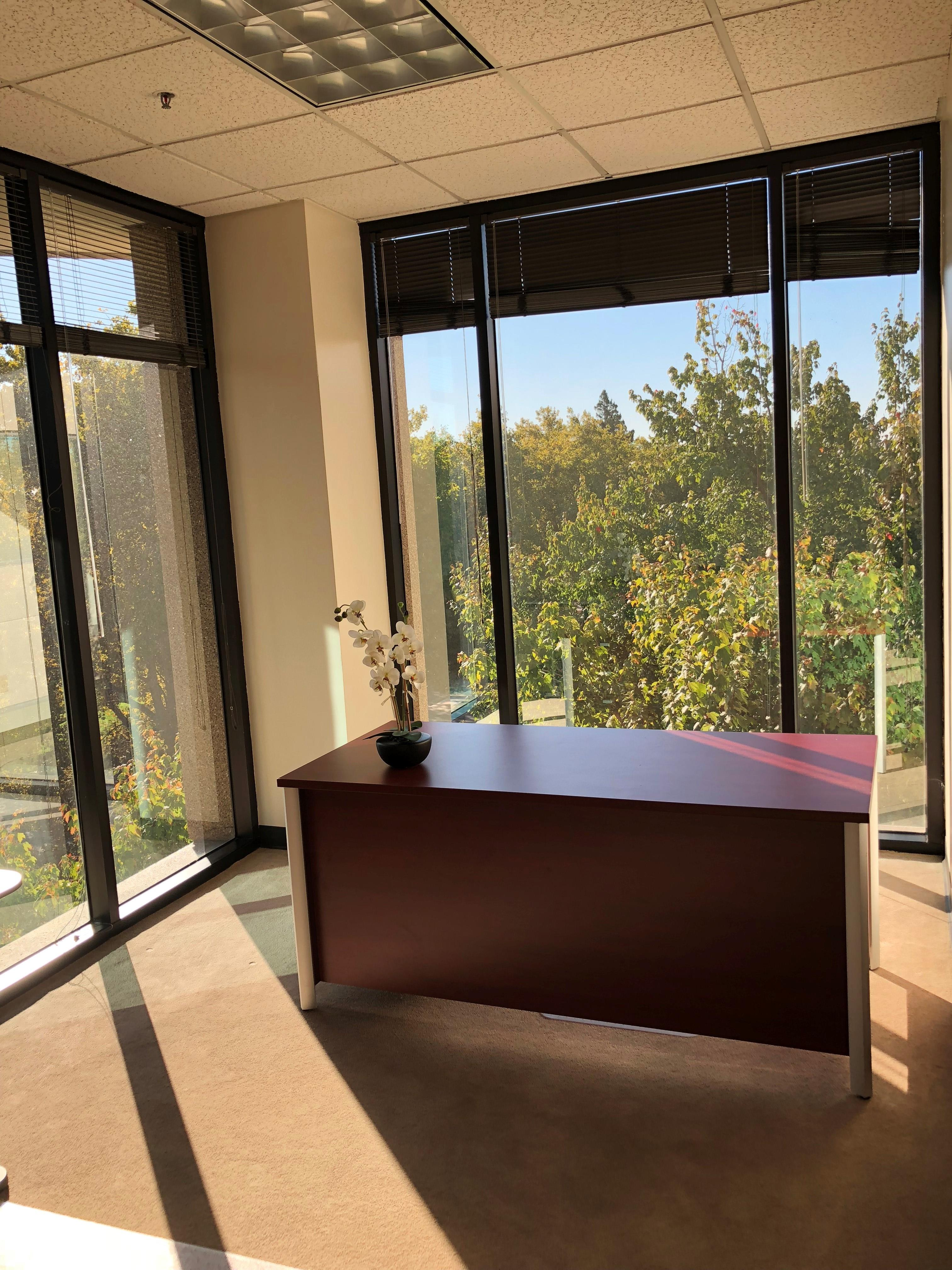 Pacific Workplaces - Watt - Monthly Private Office 405