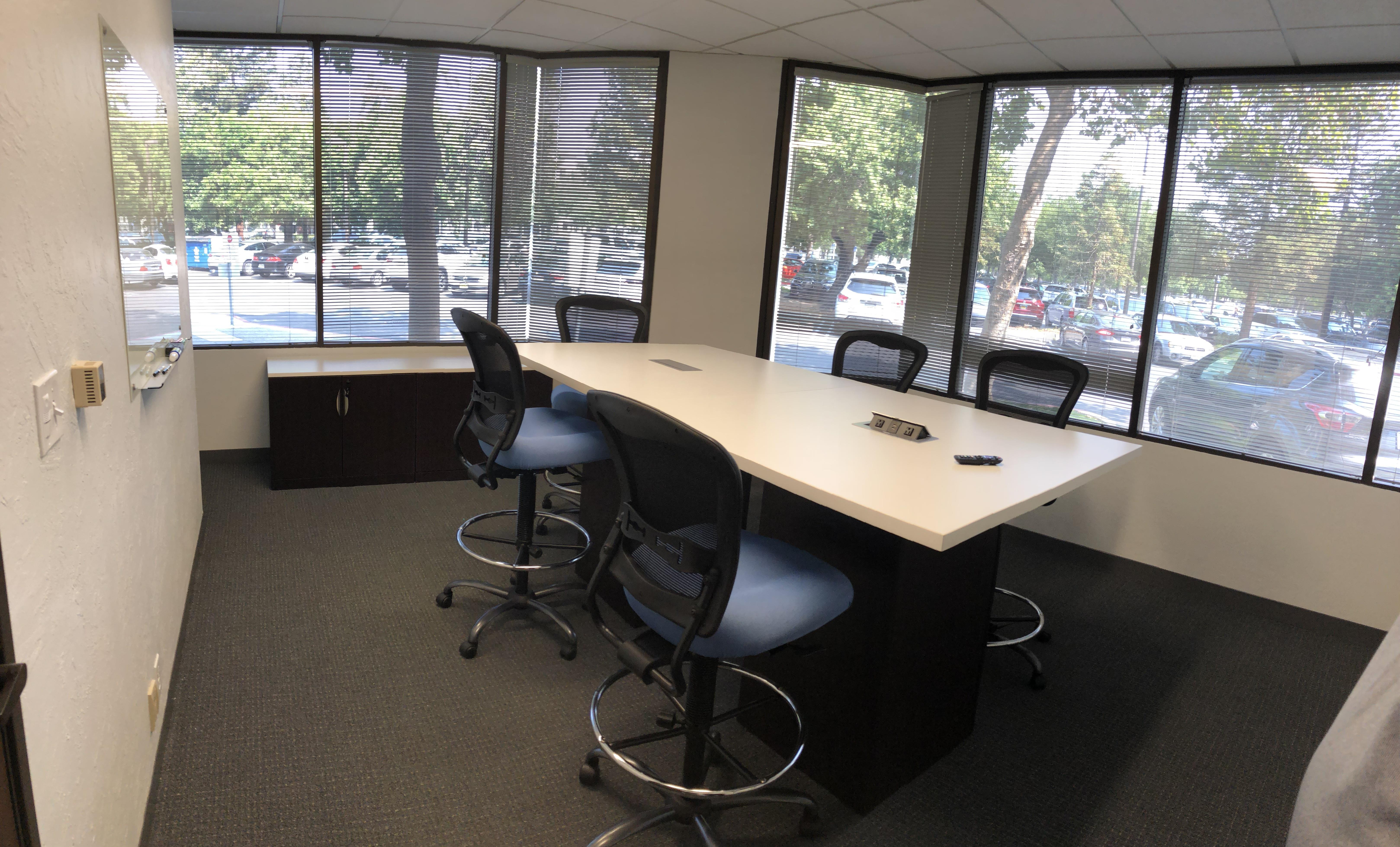 ATS Applied Tech Systems - Suite 120 - Meeting room for 6 people