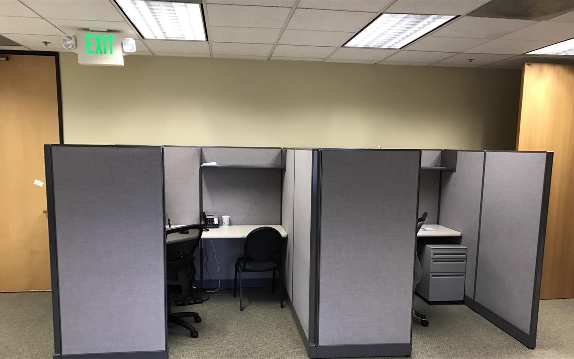 Venstar - Desk 1