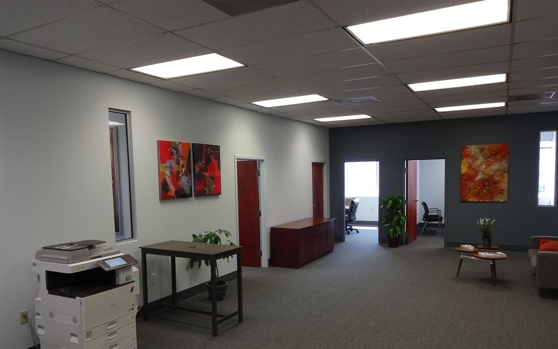 Suites@Madison - Open Desk