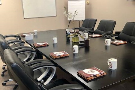 IUL - Conference Room