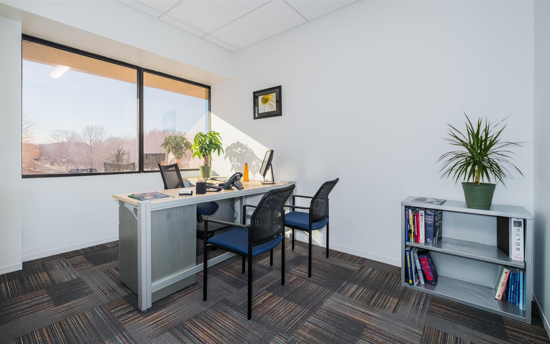 OfficePlace - Meeting and Conference Center - Private Suites