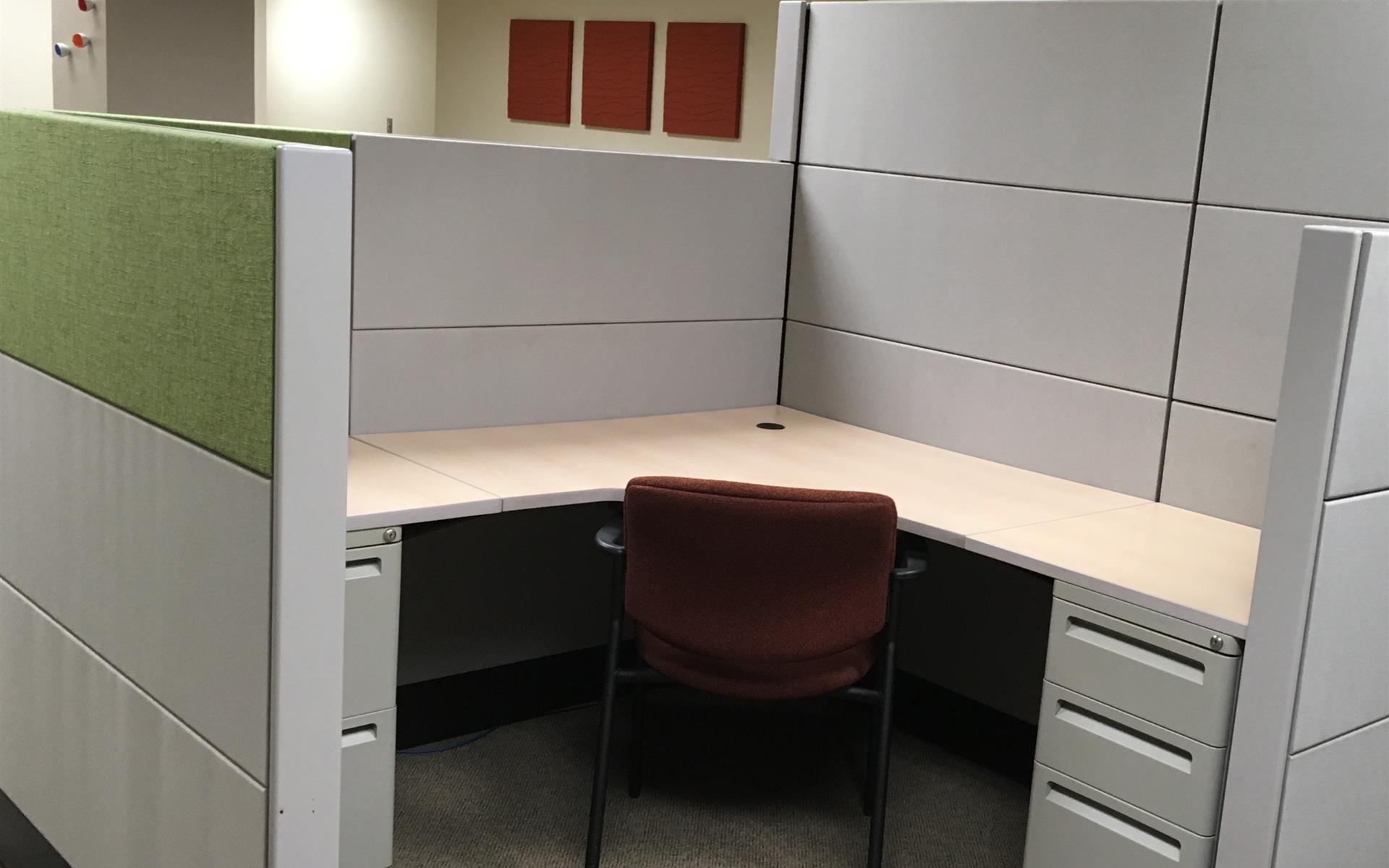 Office Alternatives Westside - Private Cubicle Desk - Riverside