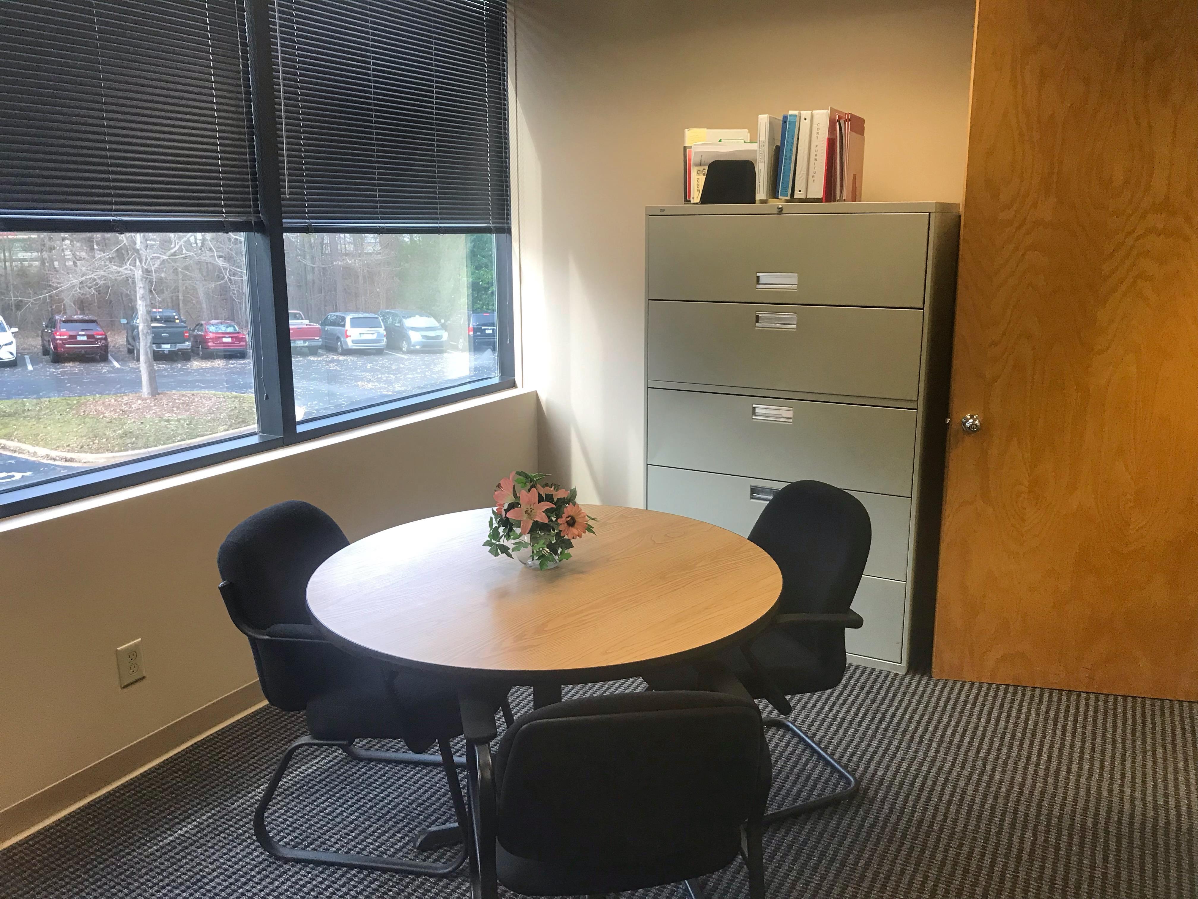 TKO Suites - Raleigh, NC - Windowed Office Suite For 4