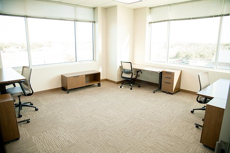 The Work Well - 4-person Window Office