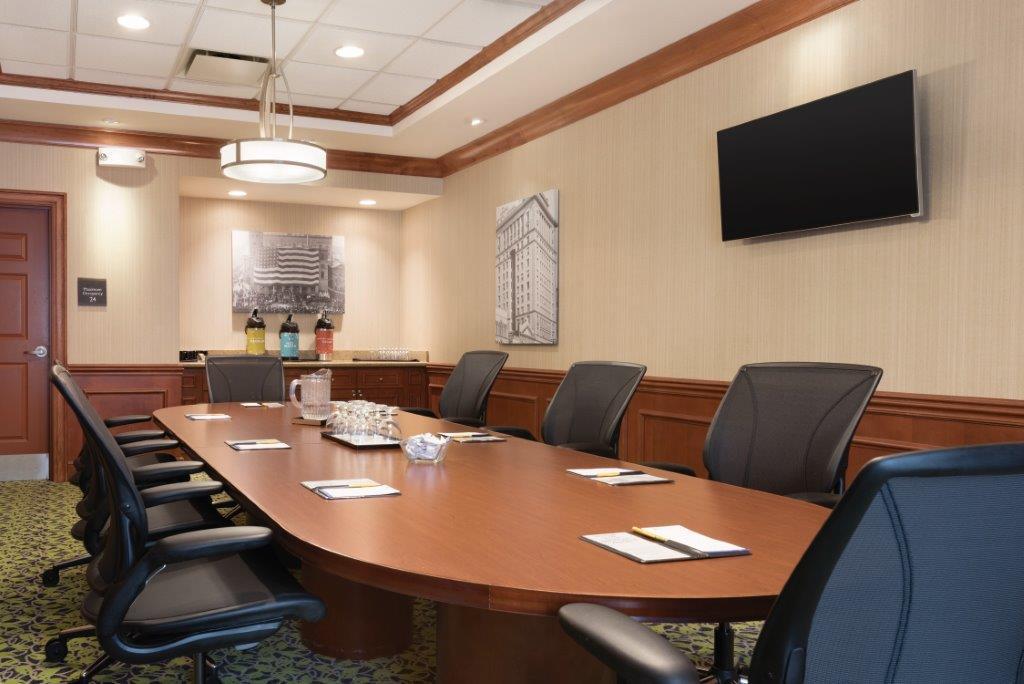 Hilton Garden Inn Akron Canton Airport - Executive Board Room