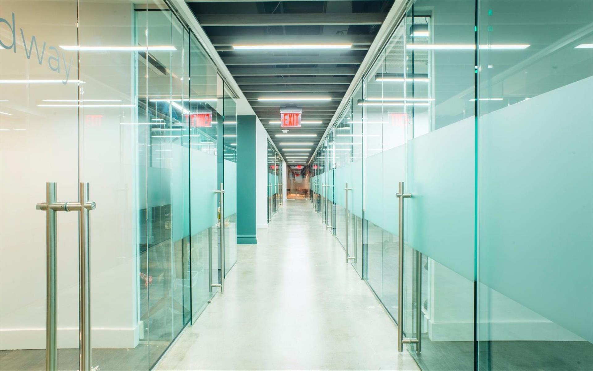 Bond Collective 55 Broadway - Suite 432 [13 Desk Office]