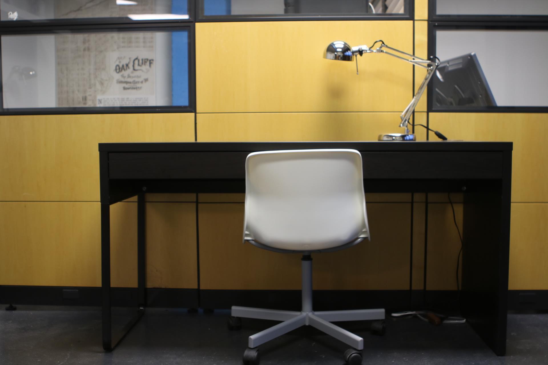 Elevate Dallas - Open Desk Spaces