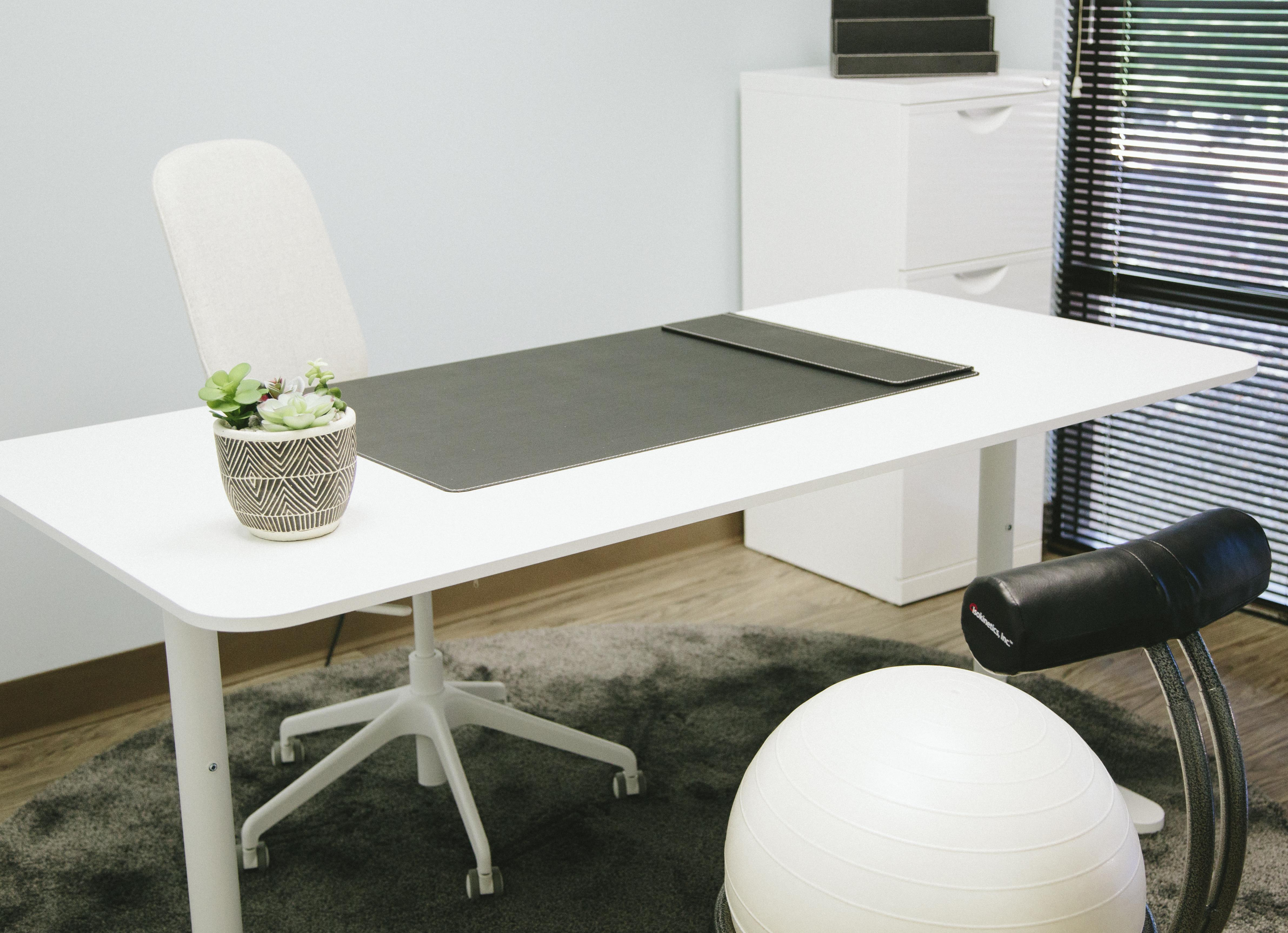 Work and Play Lounge - Private Office 1