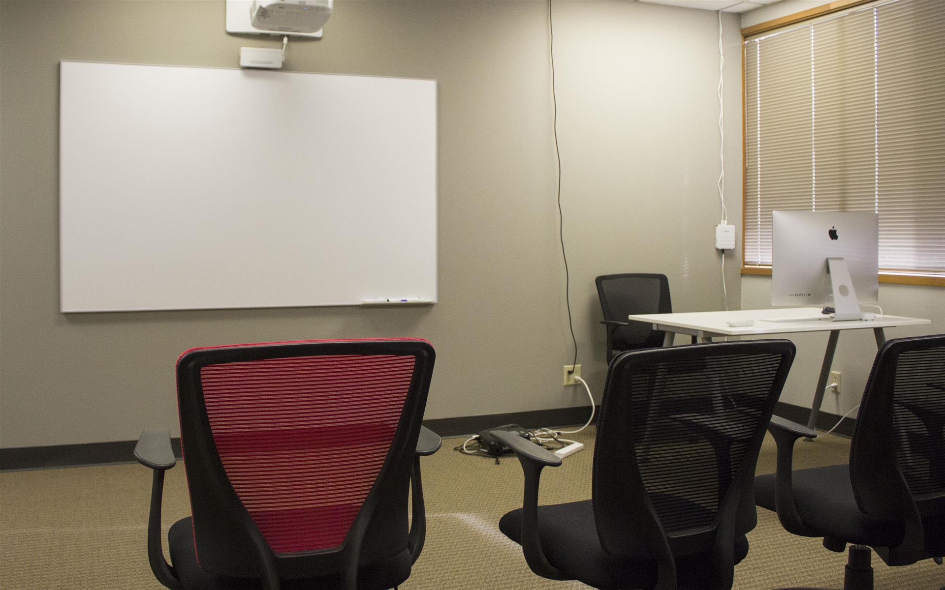 Overlake PS Business Park (Bld 17) - Uranus - Training Room