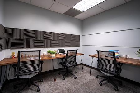CO-MMUNITY COWORK La Jolla - Semi-Private Office