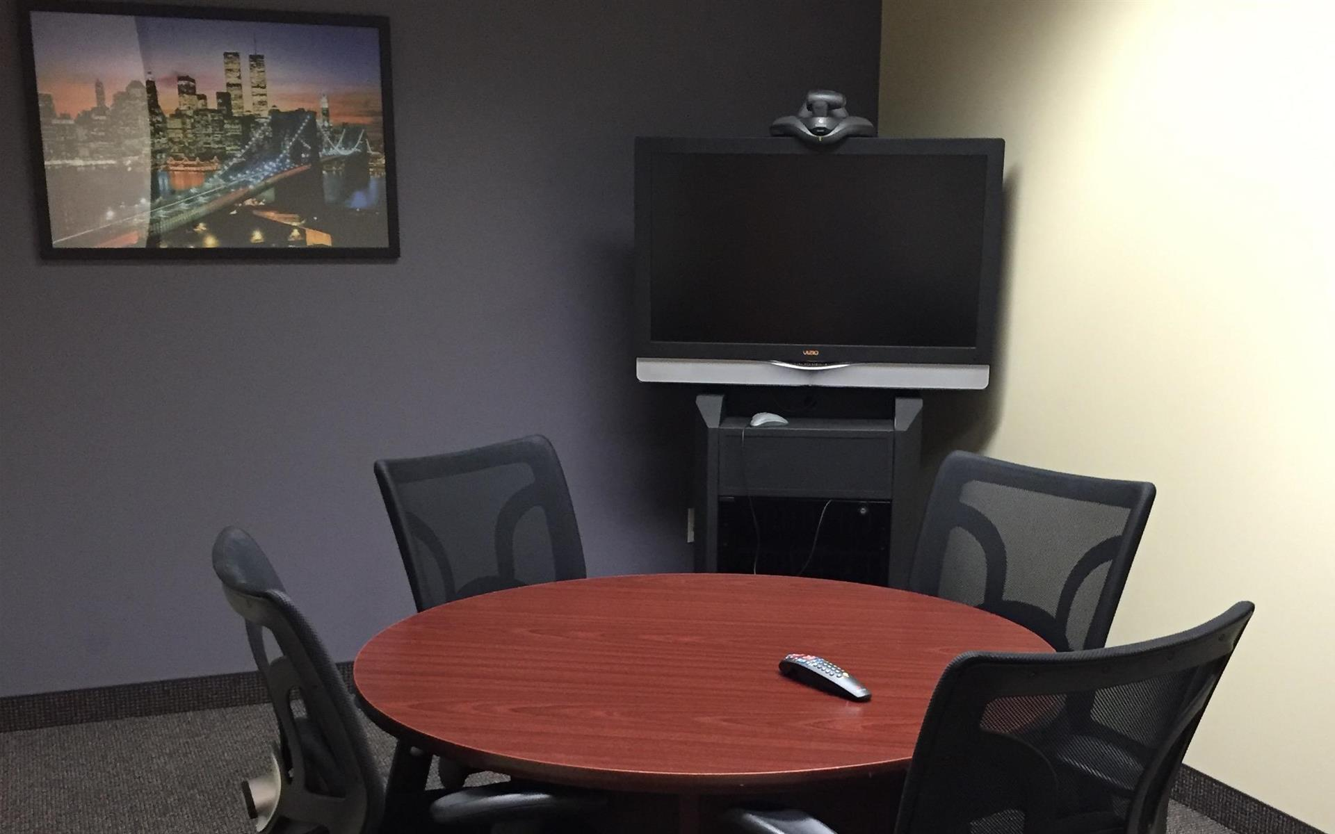 Executive Workspace @ 777 Main - Chisholm Room