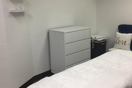 Dallas Regus Dominion Plaza - Office Suite 1