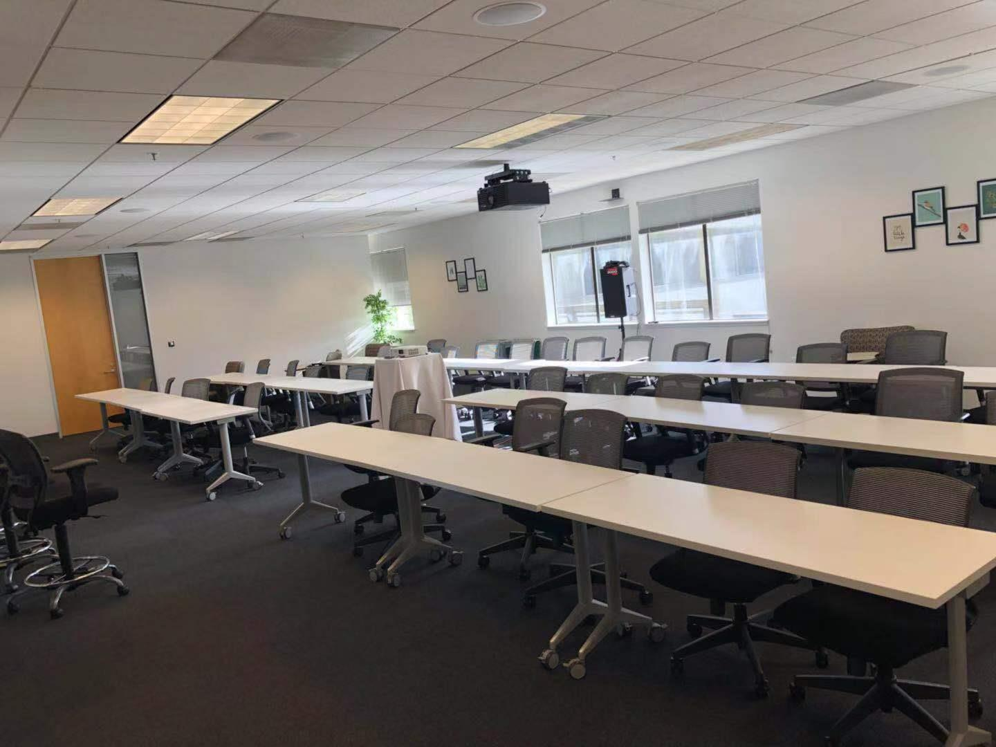 2 Waters Park - Team Space(classroom style)