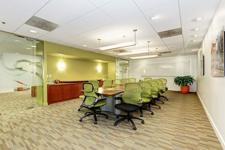 Carr Workplaces - City Center - Cabinet Board Room