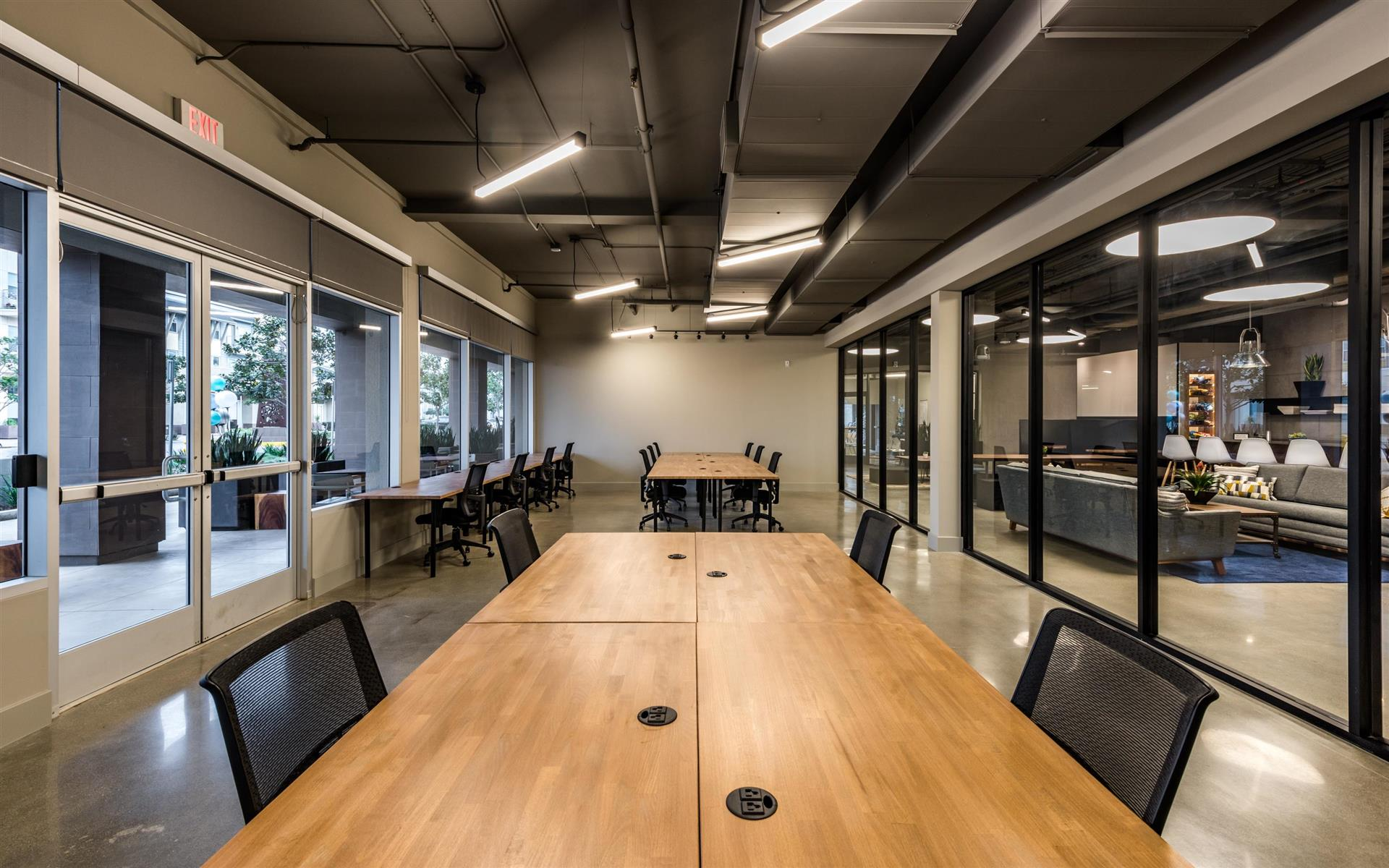 CommonGrounds Workspace - 18-Person Anchor Space