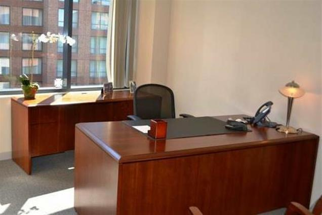 Carr Workplaces - Old Town - Gadsby Day Office