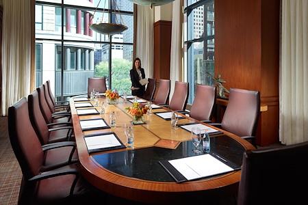 Omni Chicago Hotel - Executive Boardroom