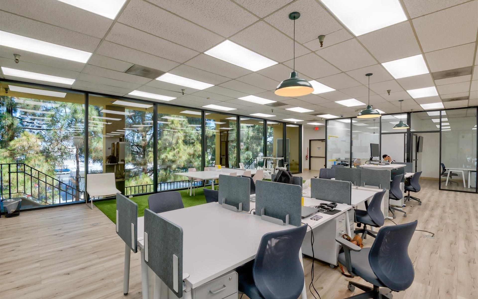 OnePiece PA - Dedicated Desk