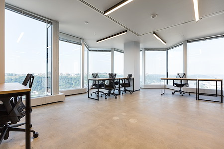 Industrious Pittsburgh PPG Place - Dedicated Office for 10
