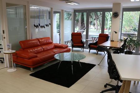 NewportNet.com.au - Coworking & Fast internet - Coworking Desk Rental
