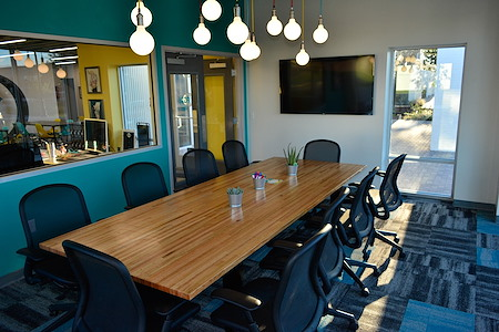 Union Worx Coworking - Large Meeting Room