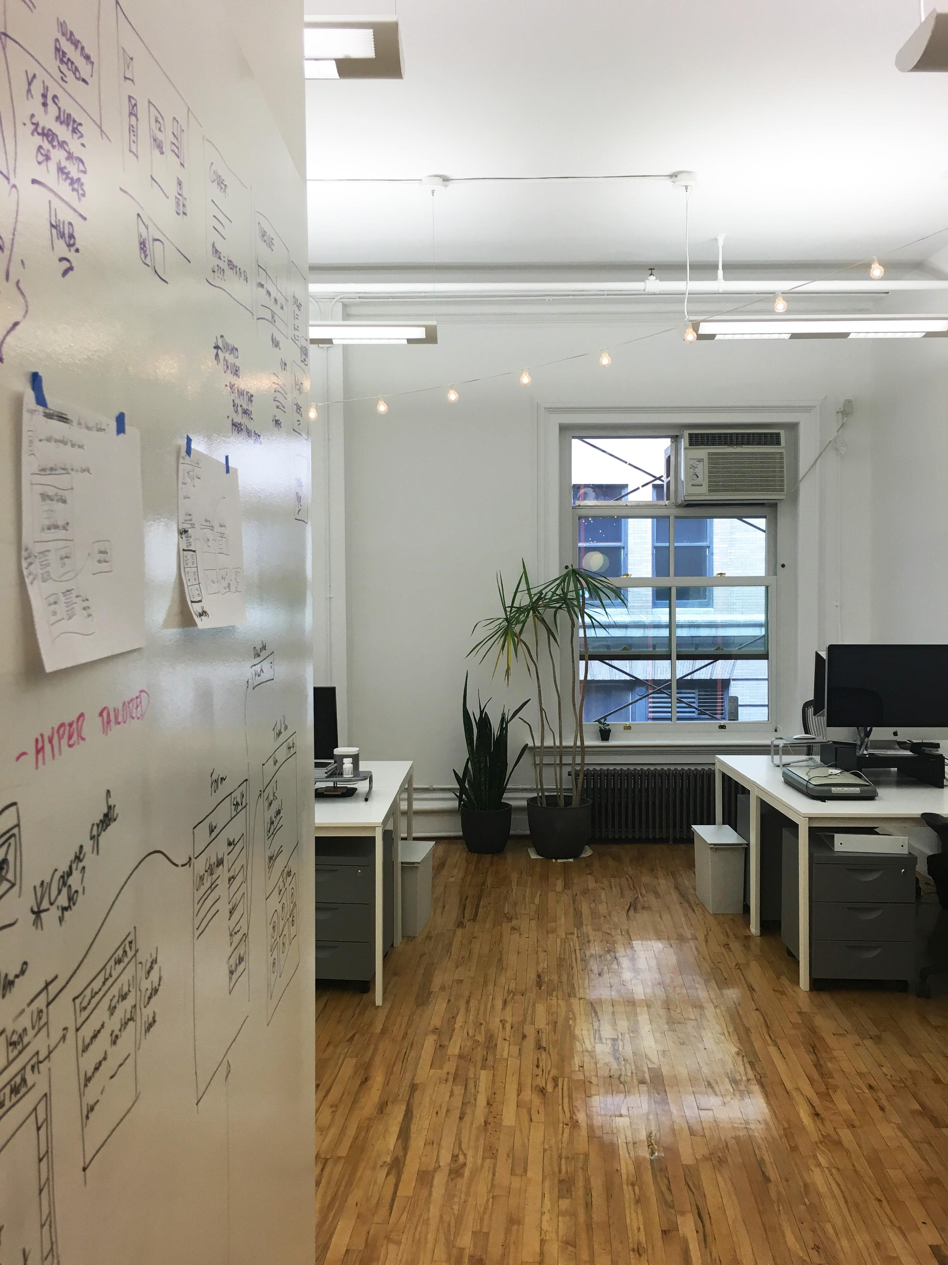 Engine Digital - SoHo studio with room to 6