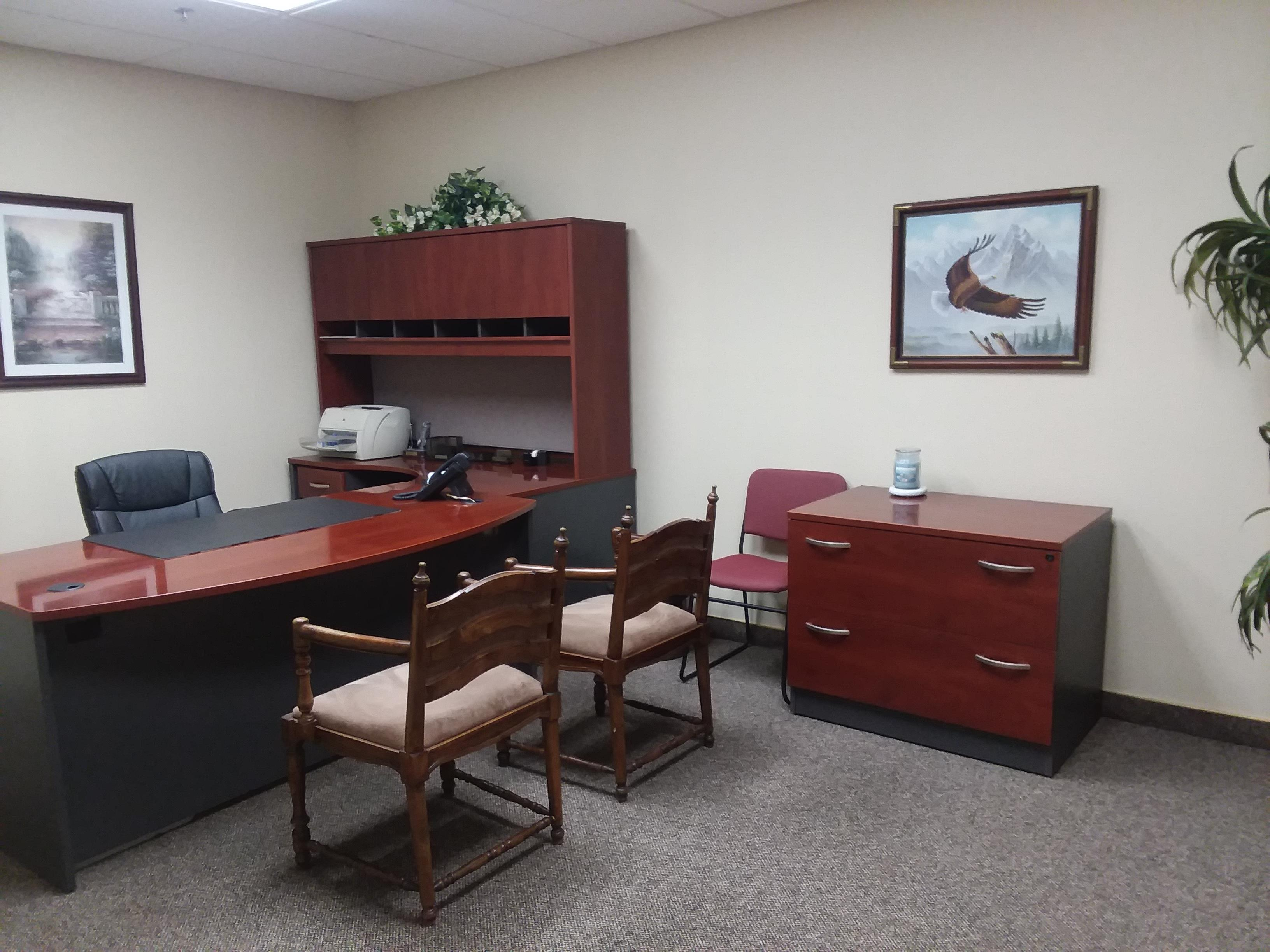 Jurupa Valley Executive Suites - Day Suite
