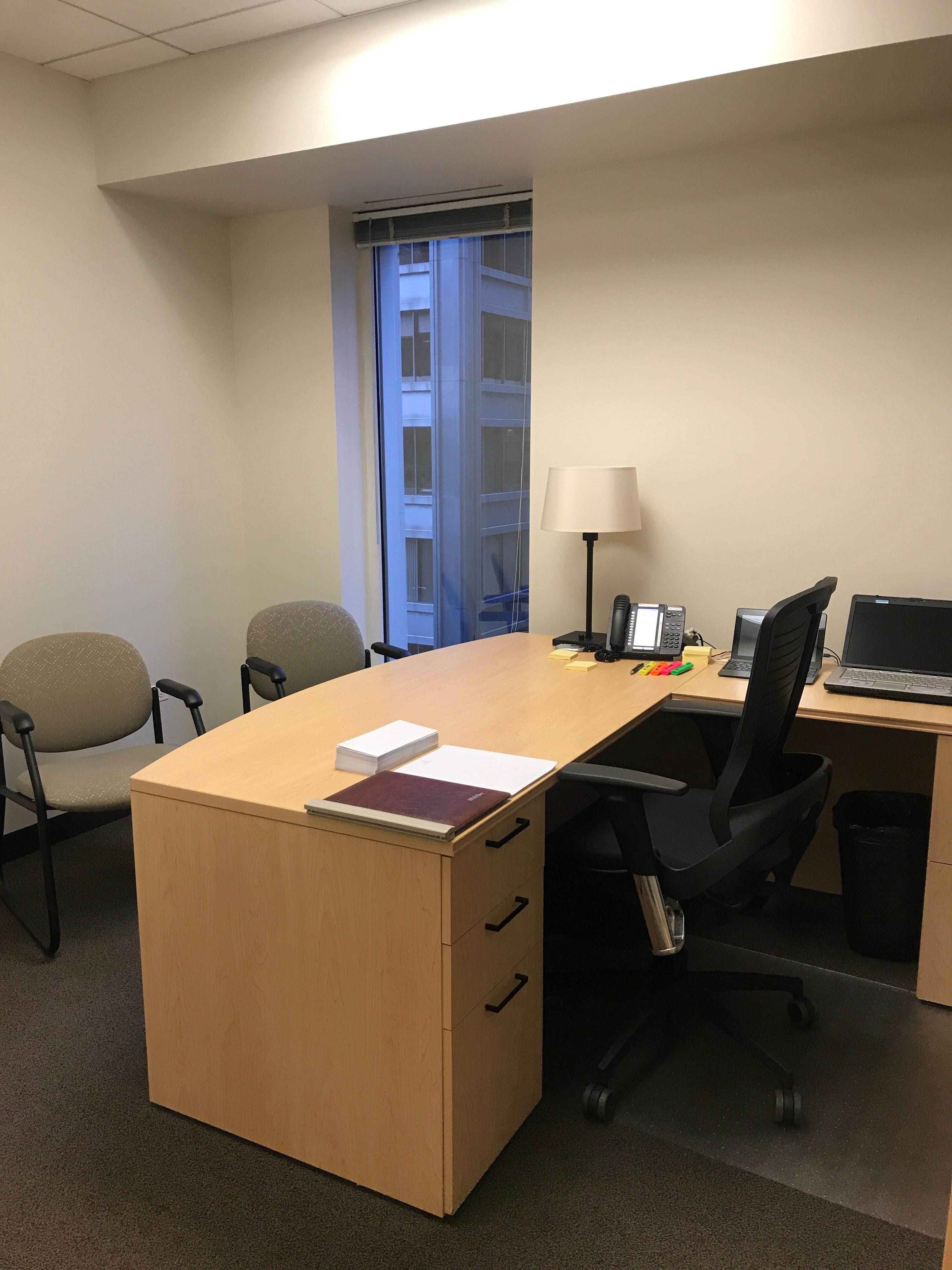 Intelligent Office - Chicago Loop - Private Office 8